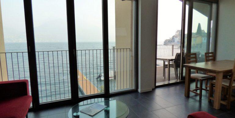 Inside apartment in San Siro - Lake View