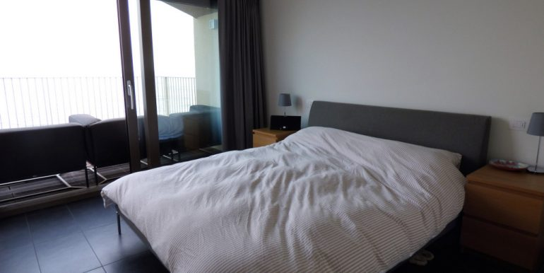 Bedroom San Siro apartment with double bed