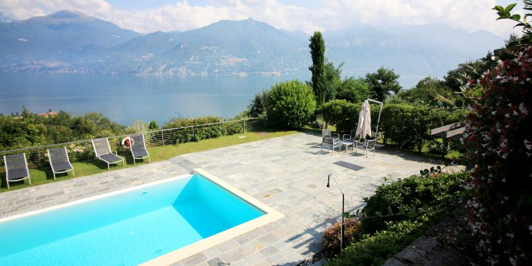 Apartment Menaggio with Lake View