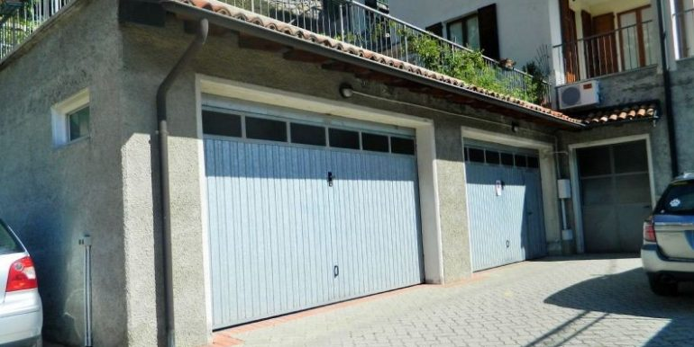 Garage - Lake Como apartment