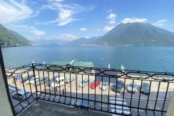 Lake Como Argegno - Front lake