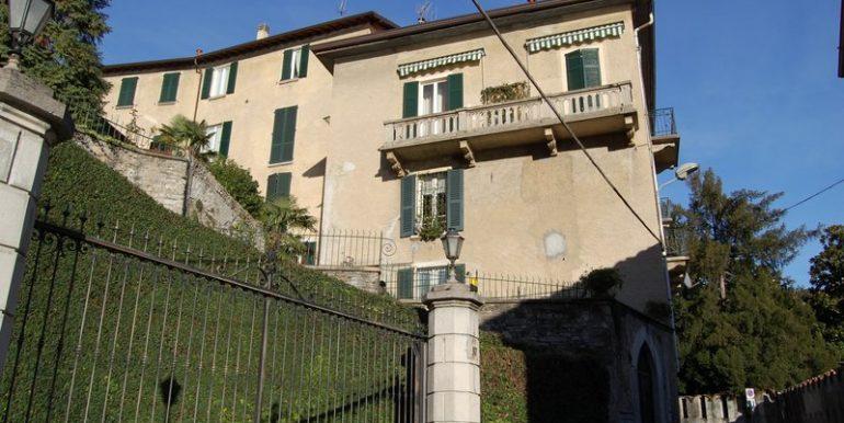 Moltrasio  apartment in Como