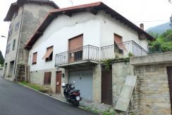 Lake Como Pianello del Lario Detached House with Balcony