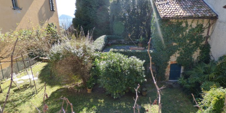 garden Menaggio with lake view