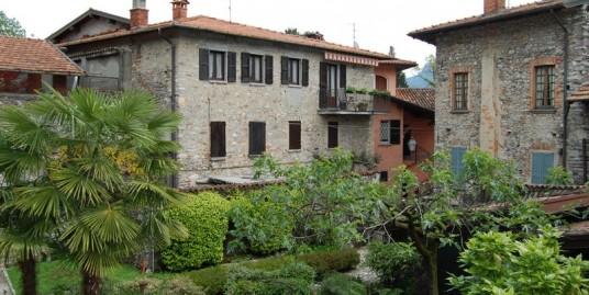 Lake Como Menaggio House with Terrace