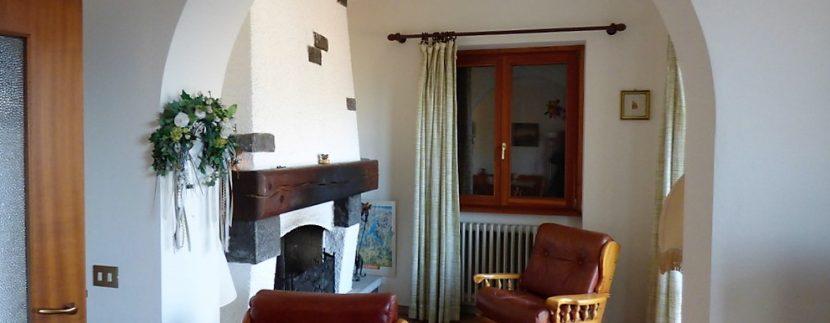 House Menaggio with Lake Como view -  living room fireplace