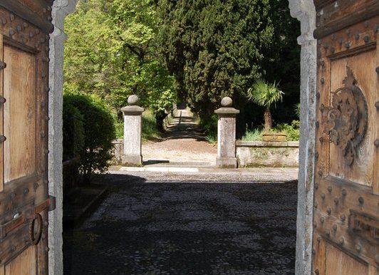 Door to the park - Griante