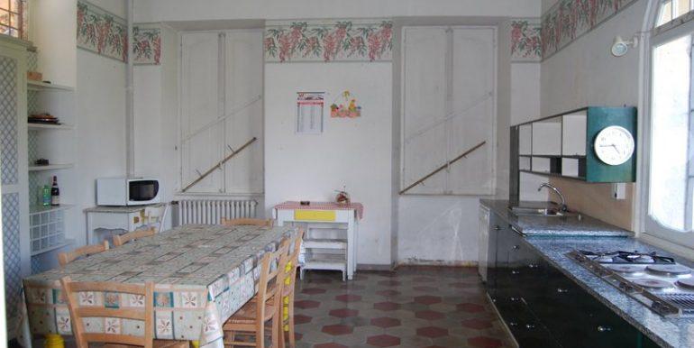 Villa in Griante - kitchen
