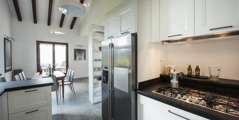 Kitchen in detached villa - Tremezzo