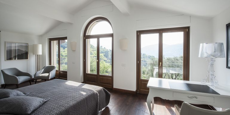 Bedroom - Lake como villa in Tremezzo