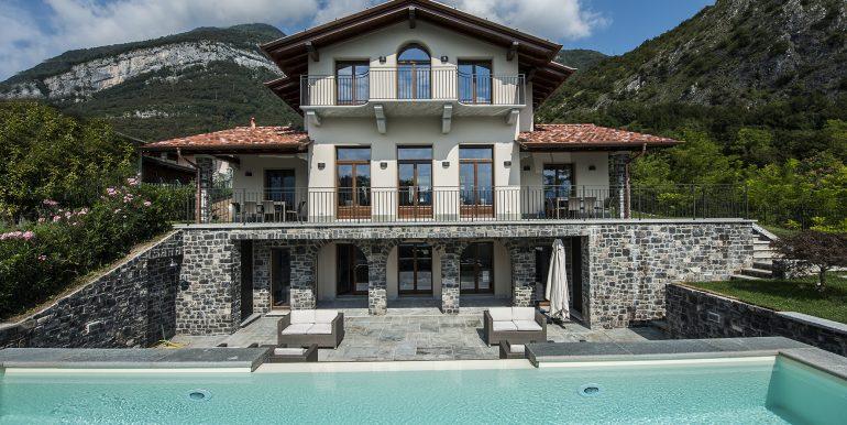 Front of the villa in Tremezzo - Lake Como villa