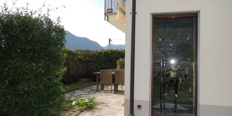 MC063C - Lago Como TRemezzina località Mezzegra villa vista lago (10)