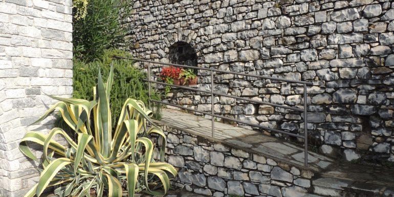MC063C - Lago Como TRemezzina località Mezzegra villa vista lago (11)