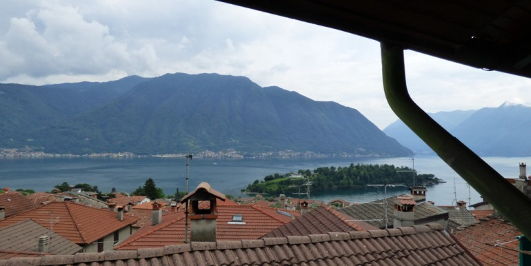 Lake Como Ossuccio House with View on Comacina Island