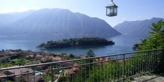 Tremezzina Villa with garden, terrace and lake view