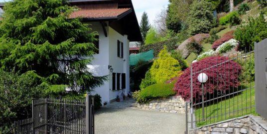 Dizzasco detached villa with Garden-Lake Como