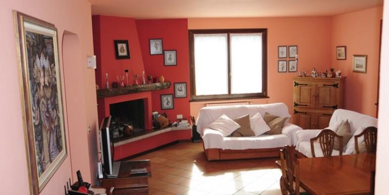Lake Como Argegno Lovely House with wide Private Garden