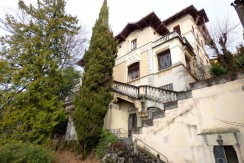 Lake Como Brunate Periodic Villa with Park