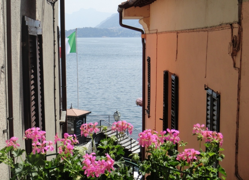 Lake Como Menaggio Apartment with balcony and lake view