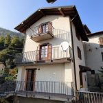 Ossuccio House set on three levels with balcony and lake view