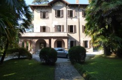 Lake Como Lierna with 6 bathrooms