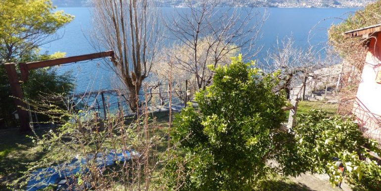 Independent Properties Dervio Lake Como 1 km from the town