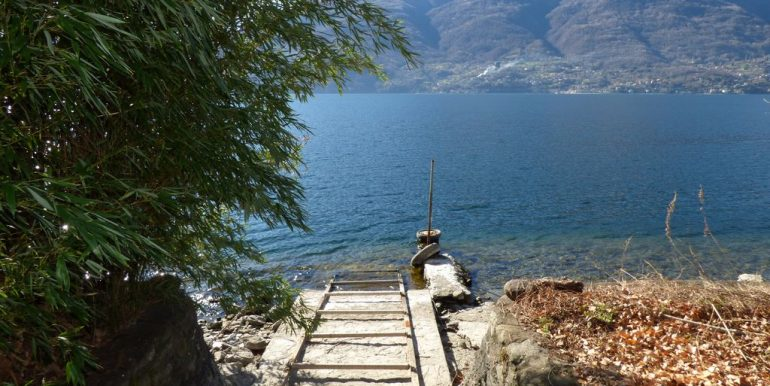 Independent Properties Dervio Lake Como access to the beach
