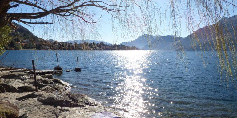 Independent Properties Dervio Lake Como with garden of 630sqm