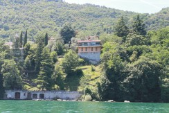 Detached Villa with 5 bedrooms