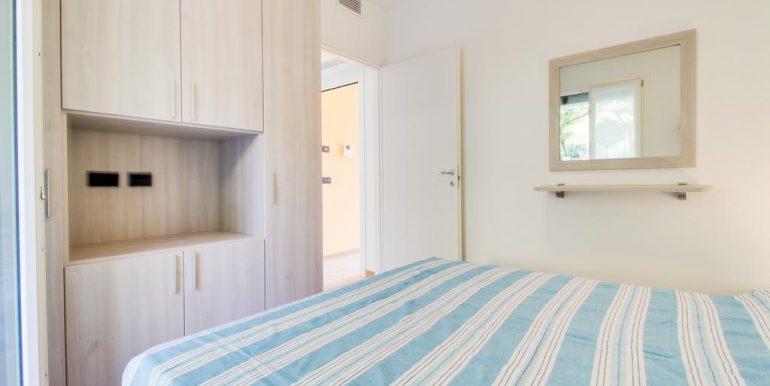 Apartment Lake Como Gera Lario  - bedroom