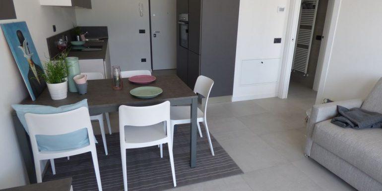 Ossuccio Apartments - kitchen