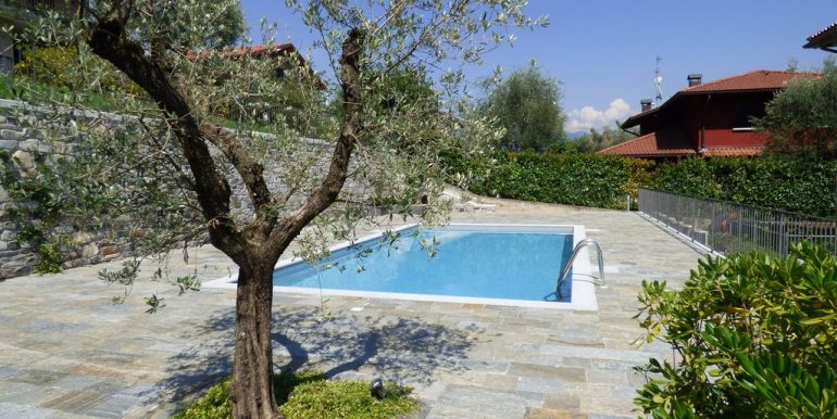 Ossuccio Apartments swimming pool