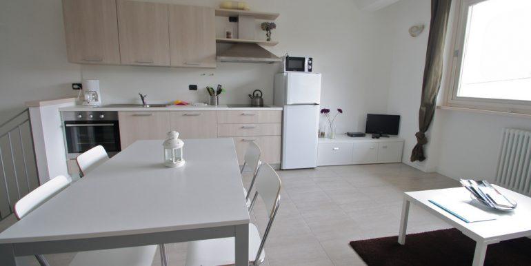 Apartments Pianello del Lario furniture example