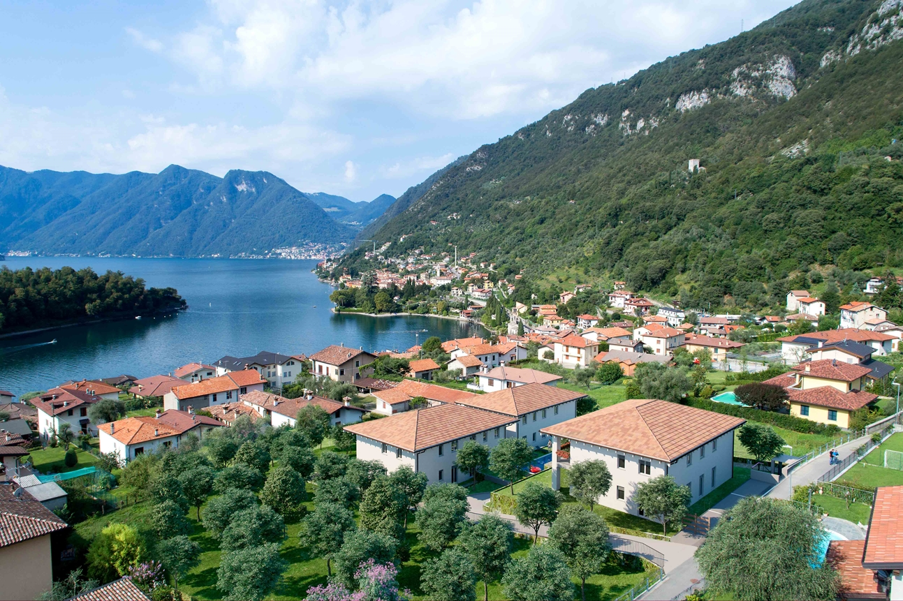 Lake Como Tremezzina Apartments with pool