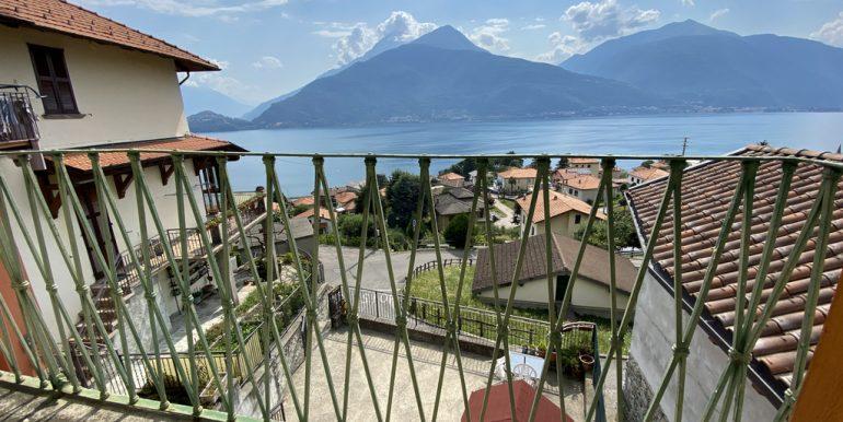 Pianello del Lario - lake view balcony