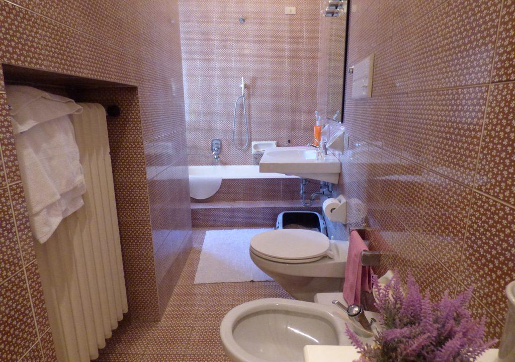 Moltrasio Villa -  bathroom
