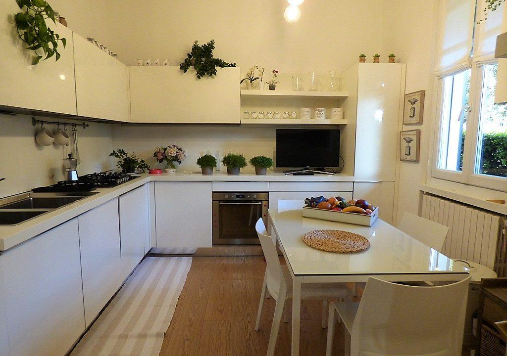 Moltrasio Villa with Lake Como view - kitchen