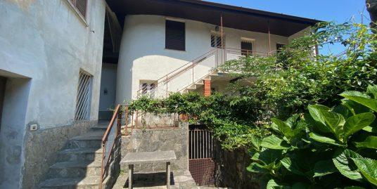 House Lake Como Pianello del Lario with terrace