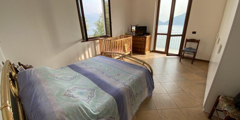 Rid. Foto Pianello del Lario vista lago (6)