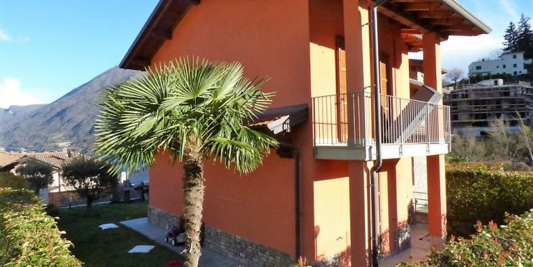 Apartment Argegno with swimming pool