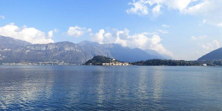 Lake Como Griante Front lake Apartment in period villa