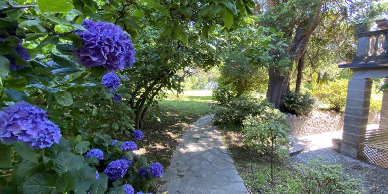 Rid. Lago Como Menaggio Villa con giardino (16)