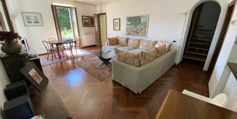 Rid. Lago Como Menaggio Villa con giardino (20)