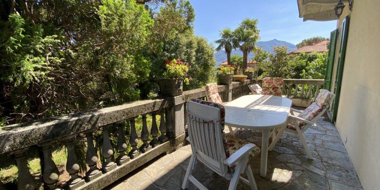 Rid. Lago Como Menaggio Villa con giardino (39)