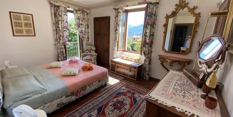 Rid. Lago Como Menaggio Villa con giardino (47)