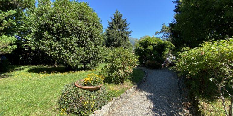 Rid. Lago Como Menaggio Villa con giardino (7)