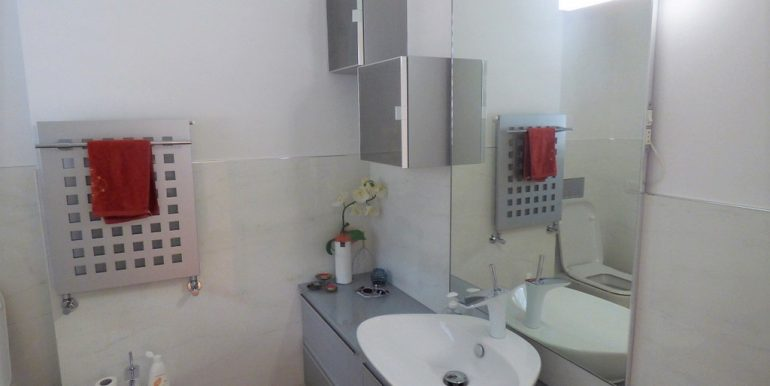 Lake Como Musso - bathroom