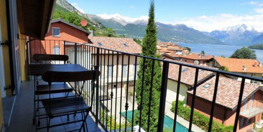 Apartment Pianello del Lario with swimming pool and lake view