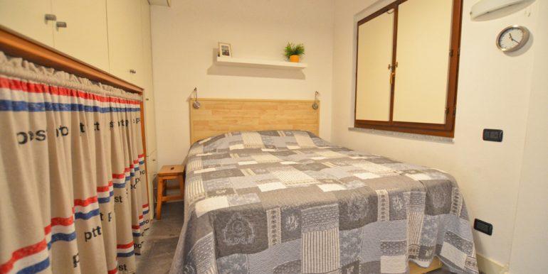 Apartment San Siro with Lake Como view  -  bedroom