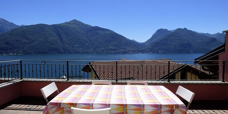 Terrace in San Siro with lake Como view